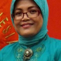 Dr. Titin Purwaningsih
